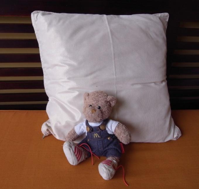 С какого возраста нужна подушка