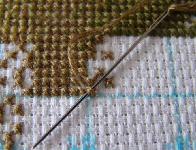 Как закрепить нитку при вышивании крестиком