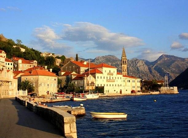 куда лучше поехать с ребенком в черногорию или хорватию
