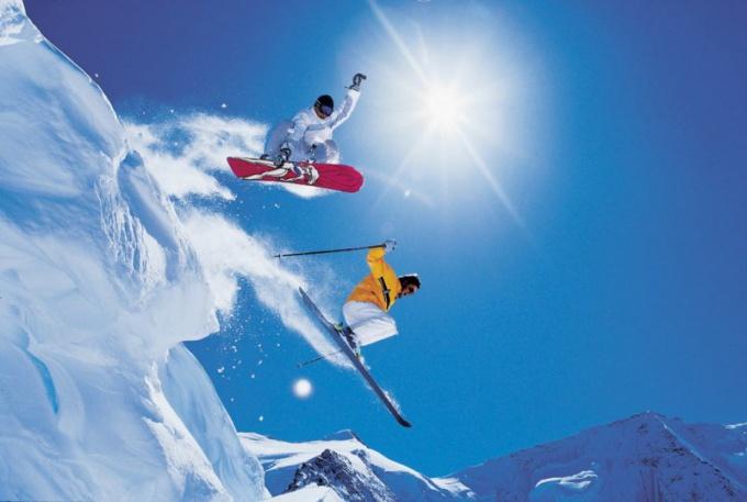 Горнолыжный курорт - отличный вариант для зимнего отдыха!