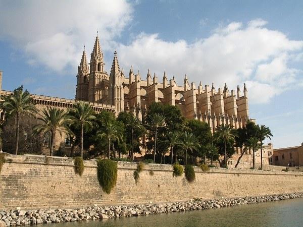 Испания - страна-музей