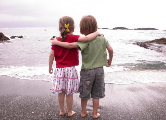 Крепкая дружба чаще всего начинается в детстве