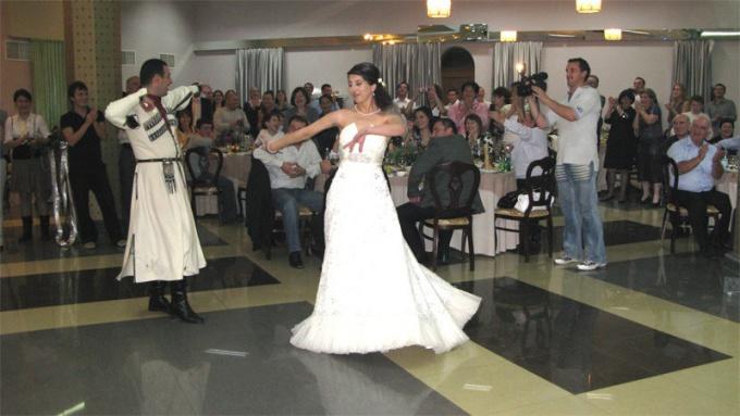 Как выйти замуж за грузина