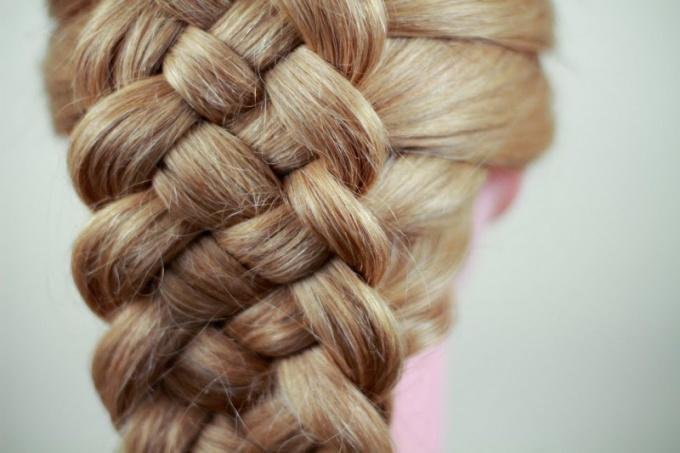 Как плести косу из пяти прядей