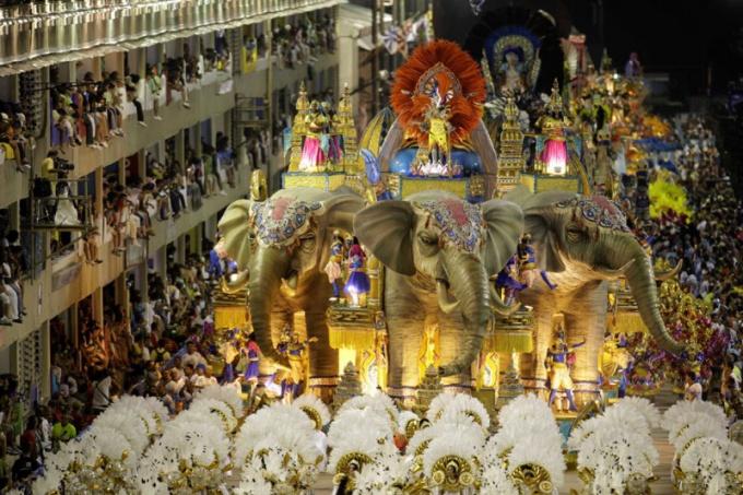 Карнавал в Бразилии запомнится надолго