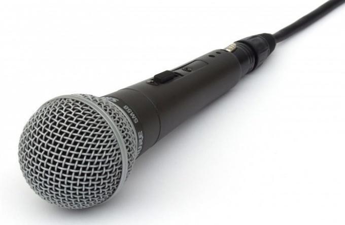 Dynamic microphone SM 58