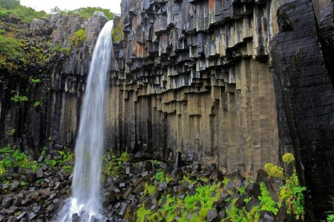 Водопад Сватифосс в Исландии