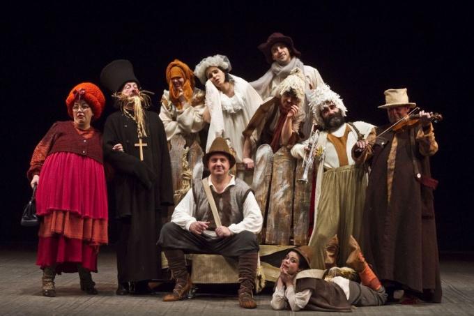 Как организовать театральную студию