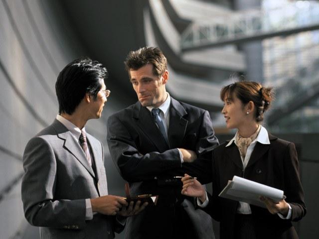 Экстраверту бывает проще построить карьеру