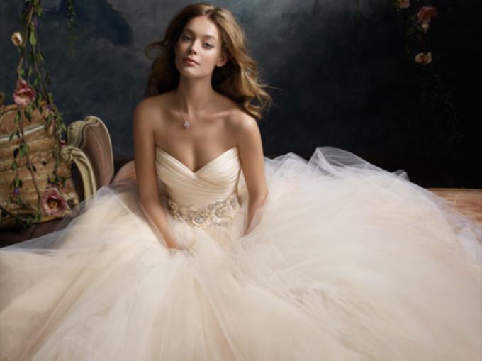 Куда можно сдать свадебное платье