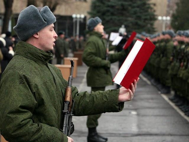 Как по временной регистрации встать на учет в военкомат