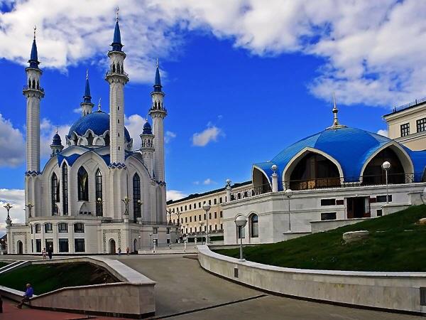 Казань - крупный административный и культурный центр
