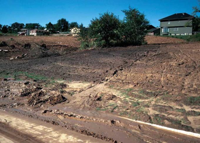 Весенняя эрозия почвы- привычное явление