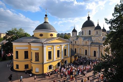 Temples Pokrovsky monastery