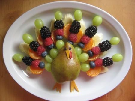 Как сделать Жар-птицу из фруктов
