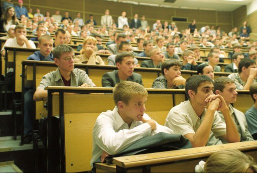 Куда пойти учиться без экзаменов