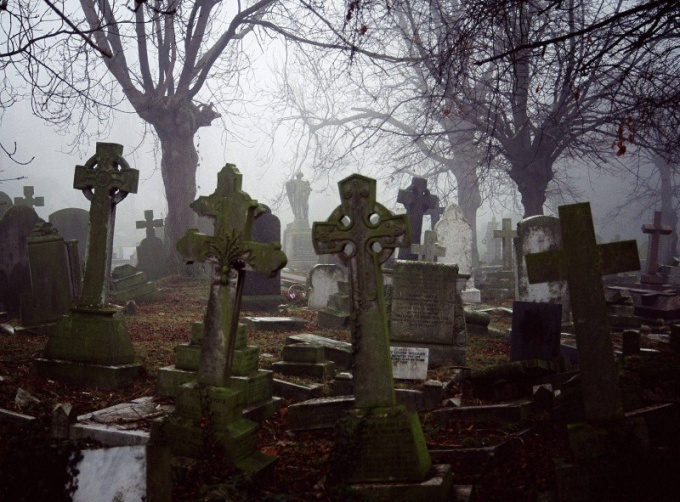 Why not be photographed in a cemetery