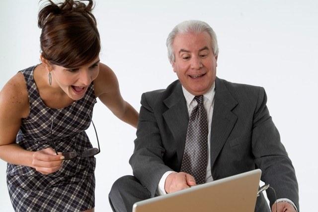 Как оплатить телефон с помощью мобильного банка?