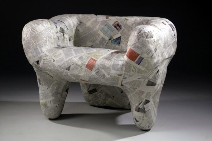 Из бумаги можно сделать не только кукольную, но и настоящую мебель