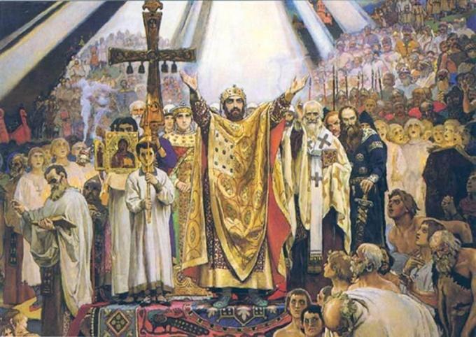 Важнейшее деяние Владимира Красное Солнышко - крещение Руси
