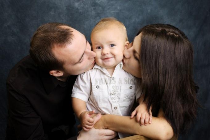 Станьте для приемного ребенка настоящими родителями