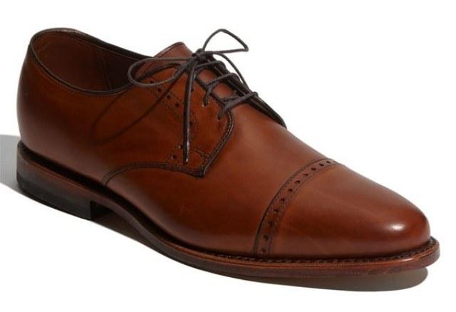"""Какую обувь называют """"оксфорд"""""""
