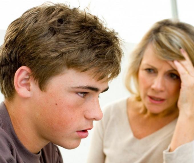 Как помочь подростку с первой влюбленностью — в меня влюбился подросток