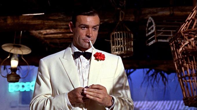 Джеймс Бонд - один из самых известных шпионов кино