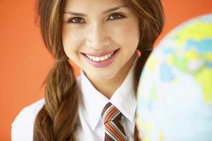 Чем отличается дипломная работа от дипломного проекта?
