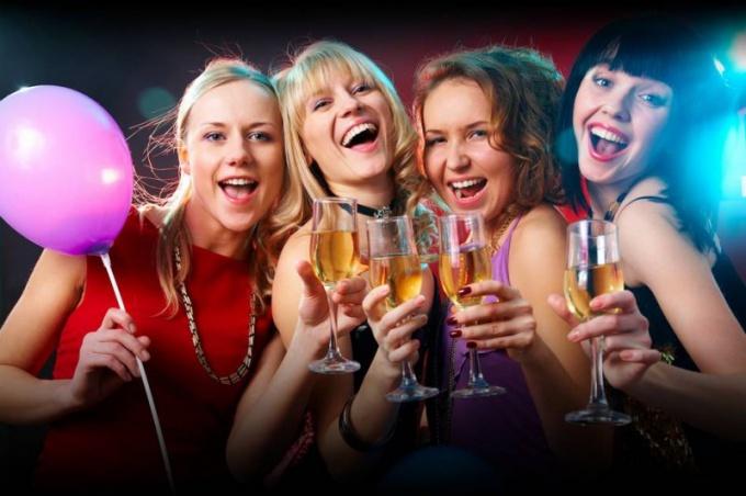Любой праздник является синонимом веселья и хорошего настроения!