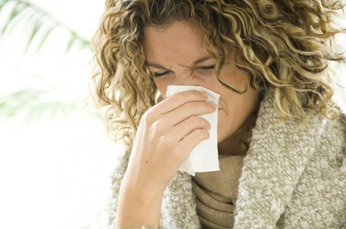 Как избавиться от неприятного запаха из носа