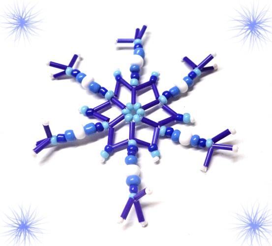 Снежинка из стекляруса и бусин