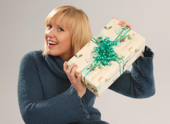 Как характеризует мужчину его подарок