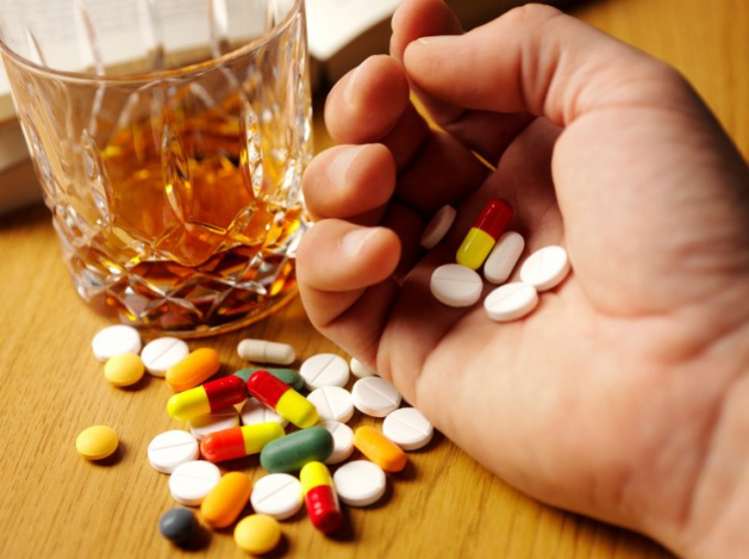 Why antibiotics can not drink alcohol