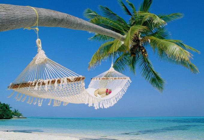 Куда поехать летом на отдых недорого