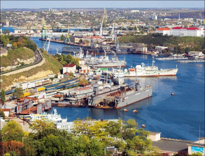 How to get to Sevastopol
