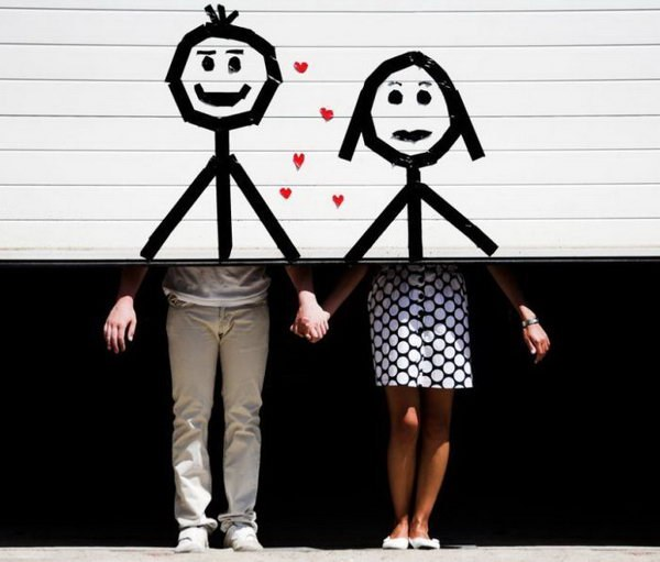 Рекламируйте эмоции, имидж, комплименты и выгоды, а не товар