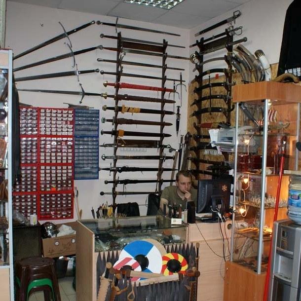 Где купить боевой меч