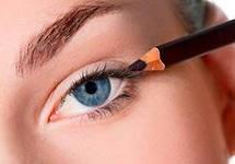 Как правильновыполнить дневной макияж?