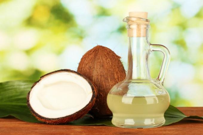 Как приготовить и использовать кокосовое масло