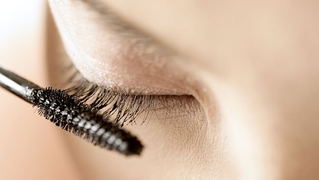How to make a tool for rapid eyelash growth