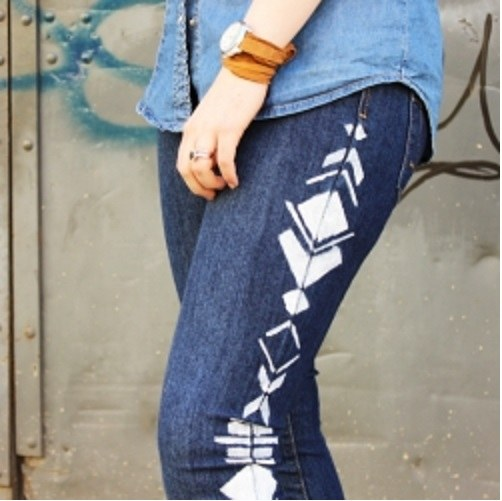 How to paint jeans at home