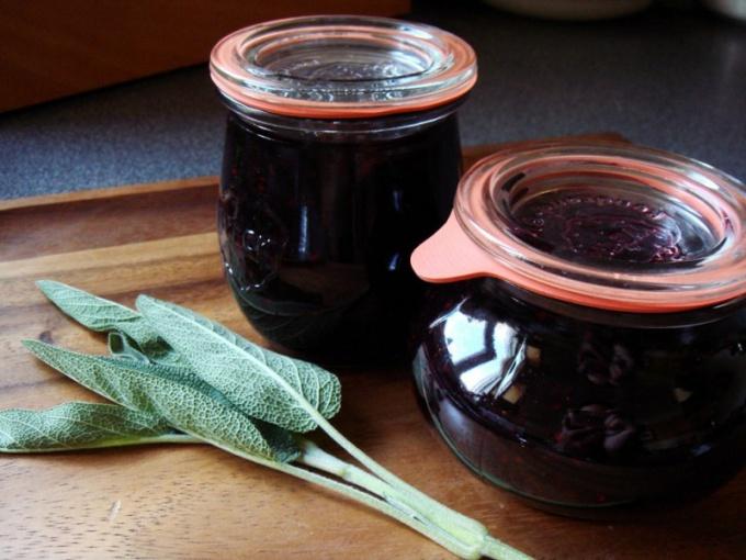 Как варить джем из черной смородины