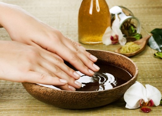 Care of cuticle: essential oils