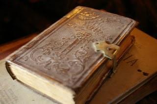 Как узнать возраст книги