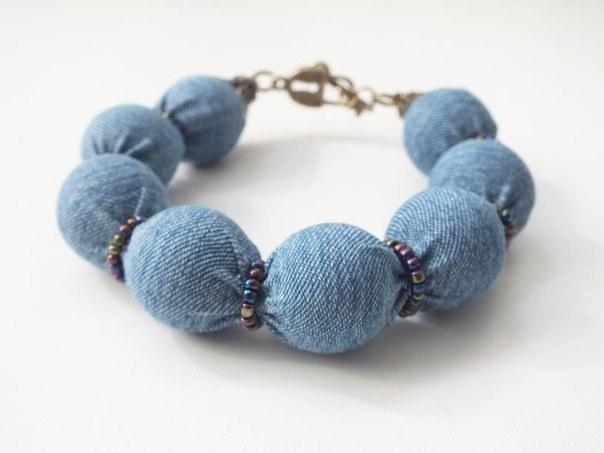 Как создать модный джинсовый браслет