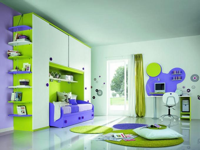 В каких цветах оформить детскую комнату