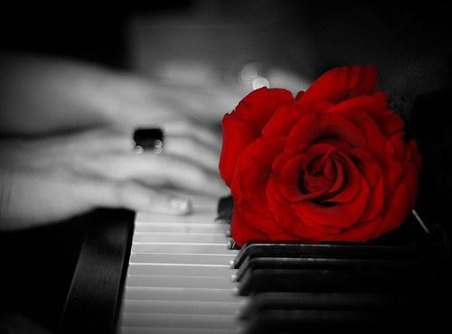 Как красиво играть на пианино?