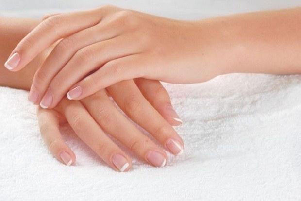 Волнистые ногти на руках: норма или патология?