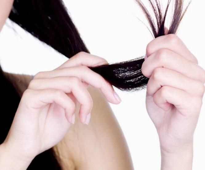 Как побороть сухие волосы